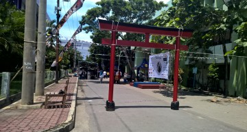 Review Japanese World Universitas Airlangga